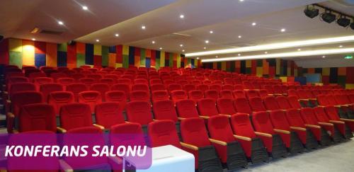 konferans-3-01